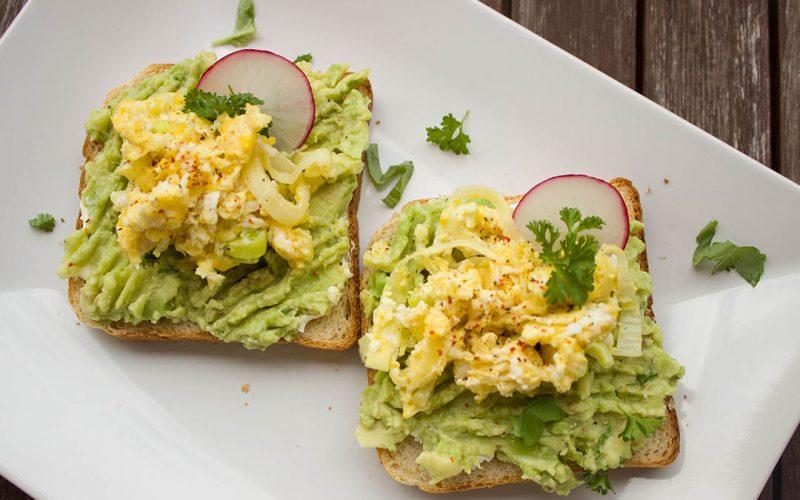 toast_mit_avocado_1080x720px